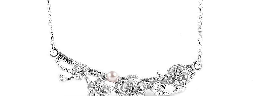 Collier Cherry blossom girl orné d'une véritable perle d'eau douce