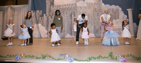 Nevada Cinderella Baby Group Judging