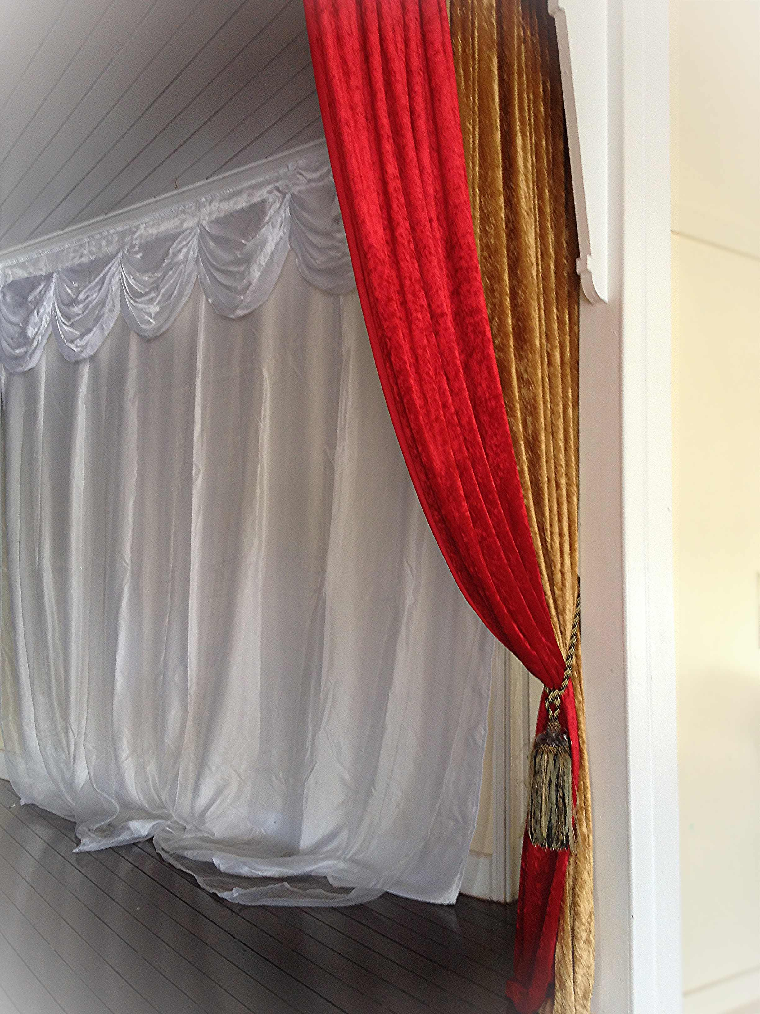 Draping with colour