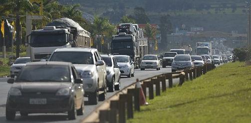 transito-detran-dpvat-carros-estrada-rod