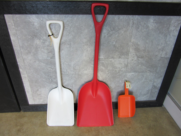 Remco Shovels and Scoops