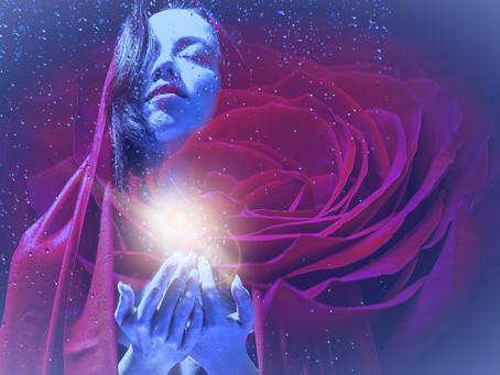Vrouwelijk Christusbewustzijn en de kristallijne energie