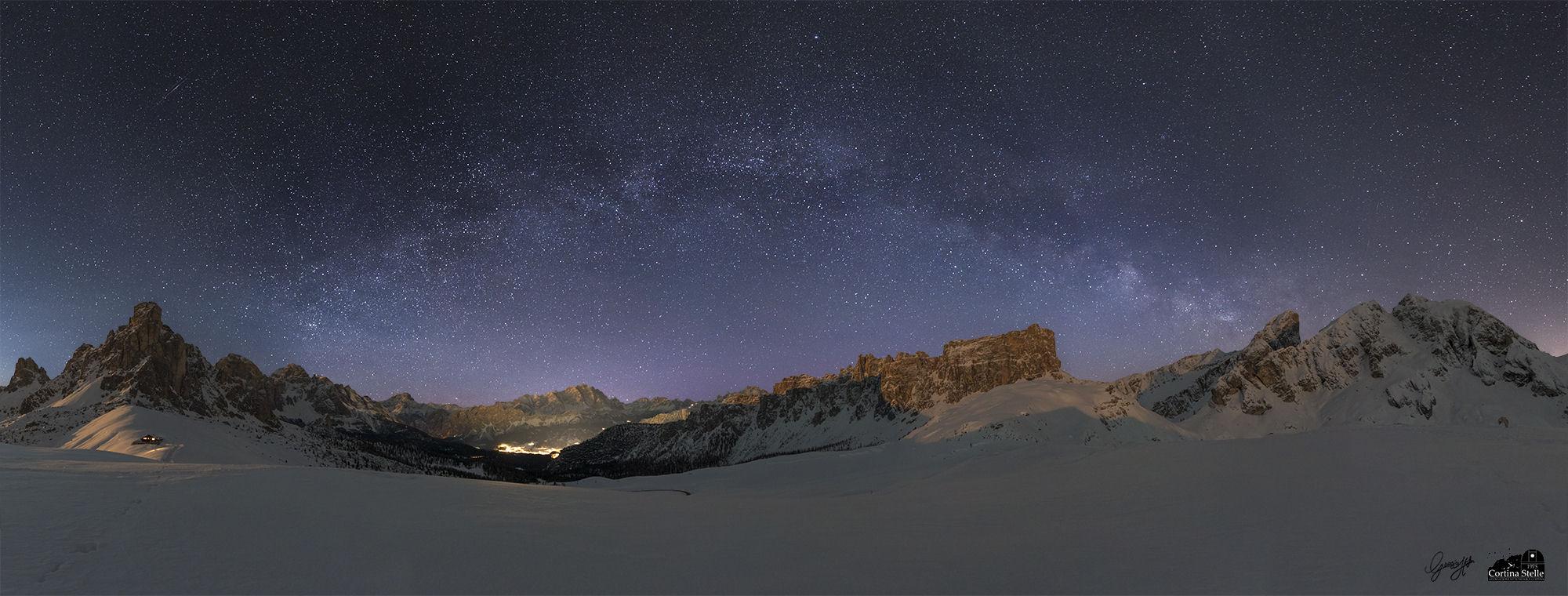 arco della Via Lattea in invernale