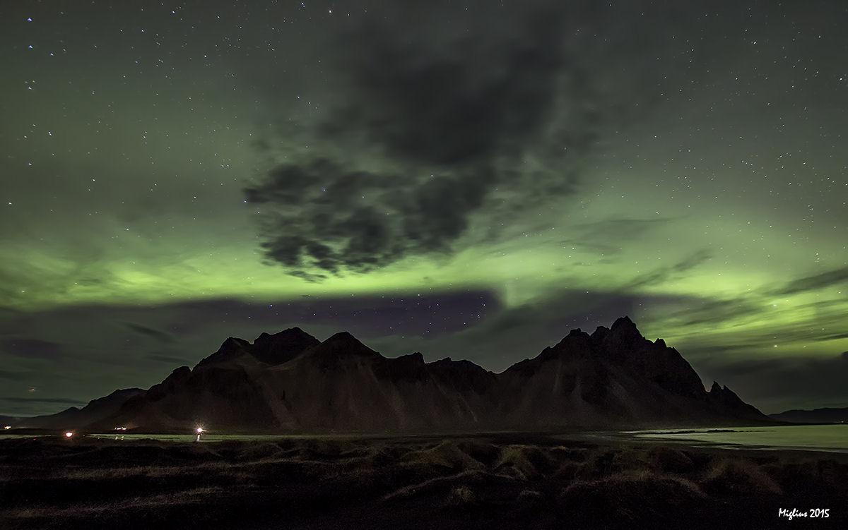 l'aurora boreale sopra il Vestrahorn