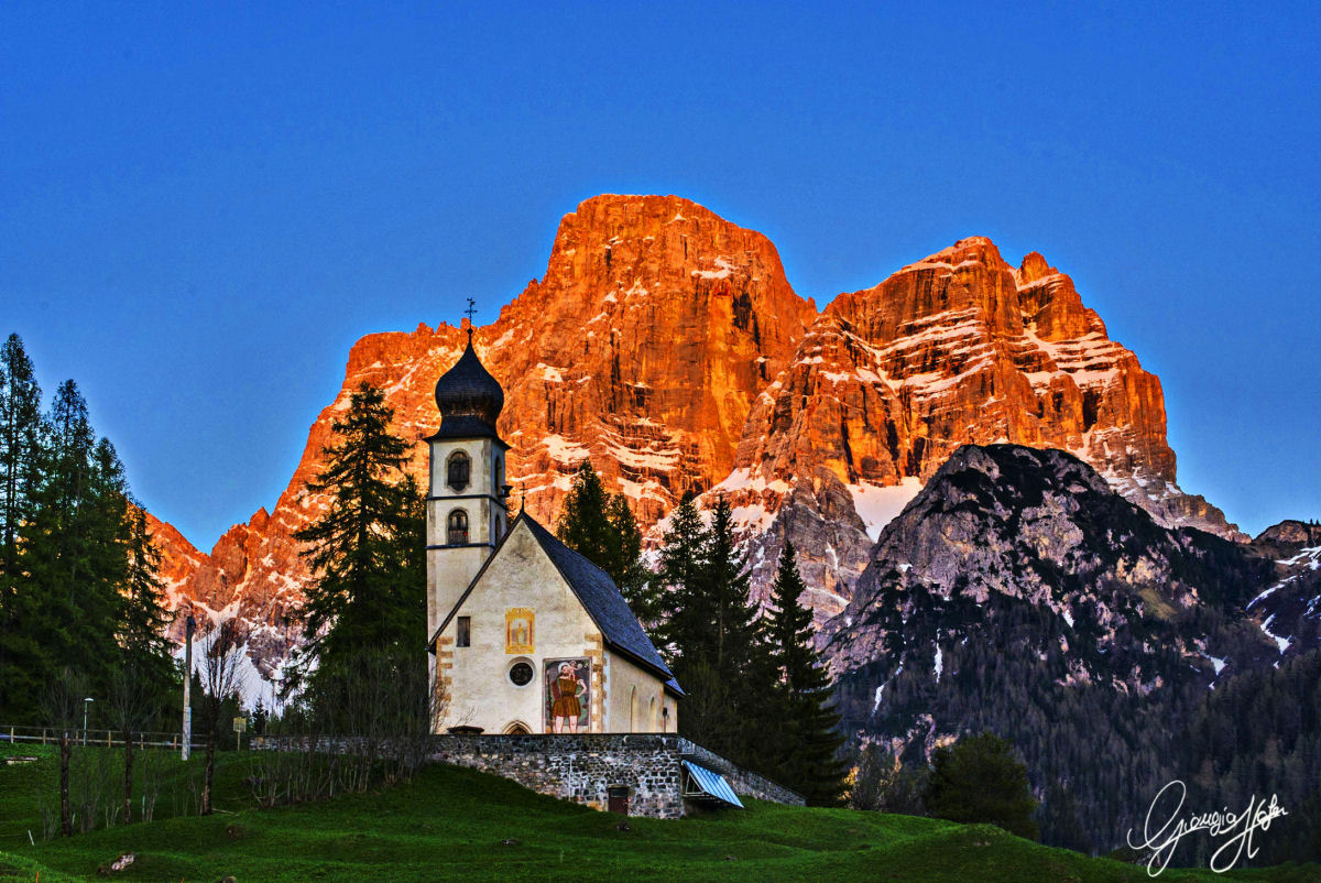 A_tramonto_Pelmo-chiesetta