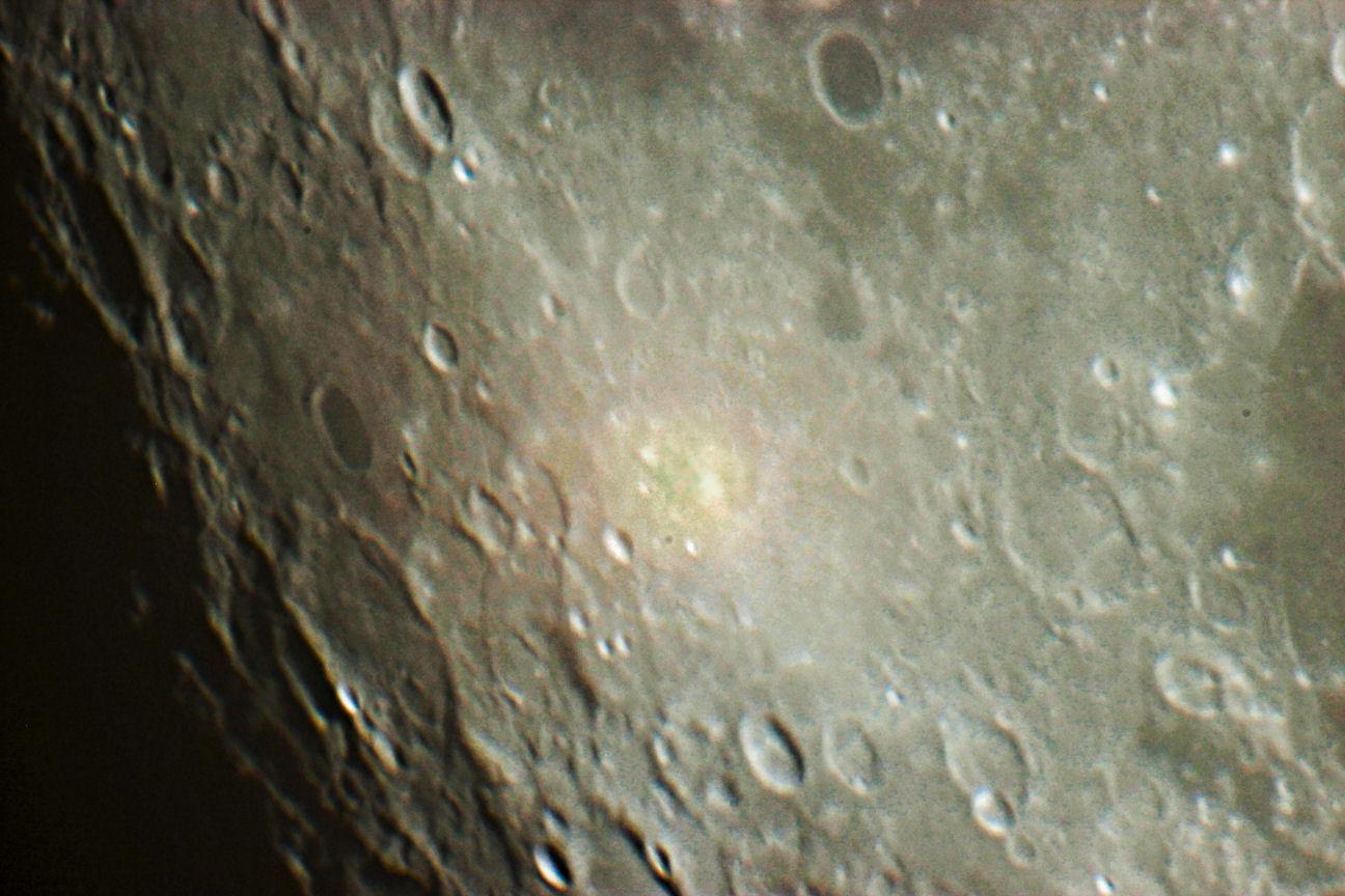 particolare della Luna