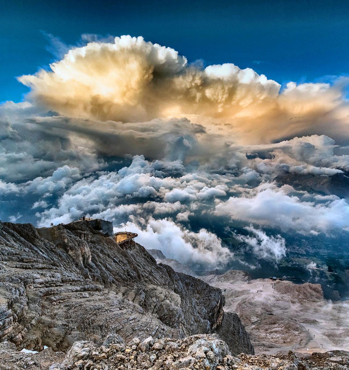 nuvole temporalesche in sviluppo