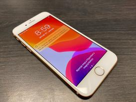 Apple iPhone 8 64GB Arany Független