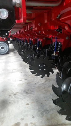 Yetter 2940 - Air Adjust Trash Managers For Case IH Corn Planters