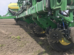 Yetter 2940 - Air Adjust Trash Managers For John Deere Corn Planters