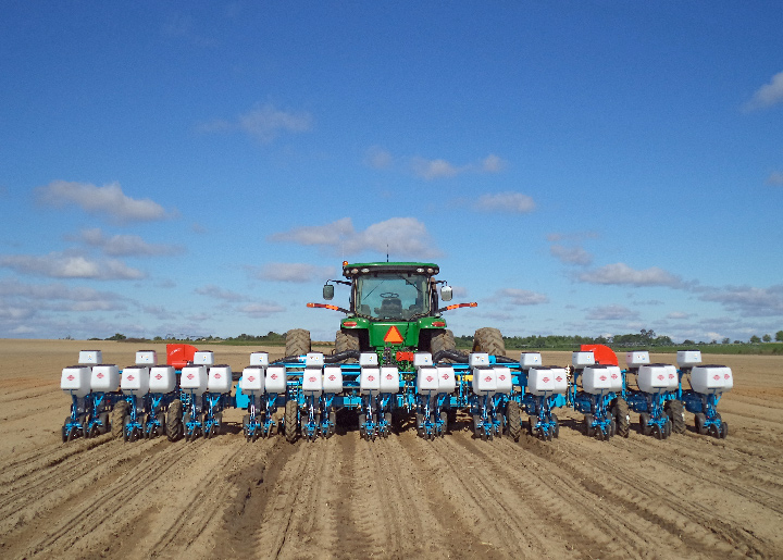Monosem NG+4 12 Row Planter