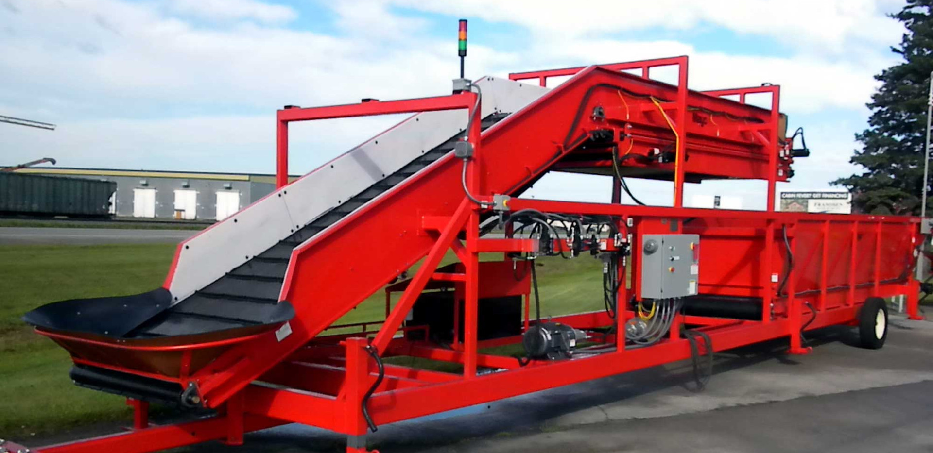 Mayo Potato Surge Conveyor and Hopper