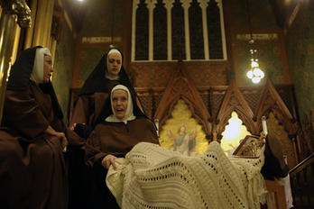 The Old Prioress in Dialogues of the Carmelites, Opera MODO