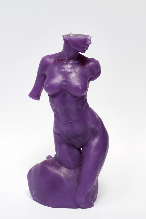 Bitten by Eve - PURPLE HEART sculpture candle