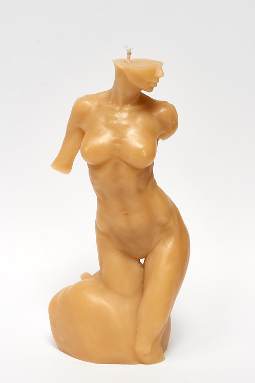 Bitten by Eve - SOFT GOLD sculpture candle