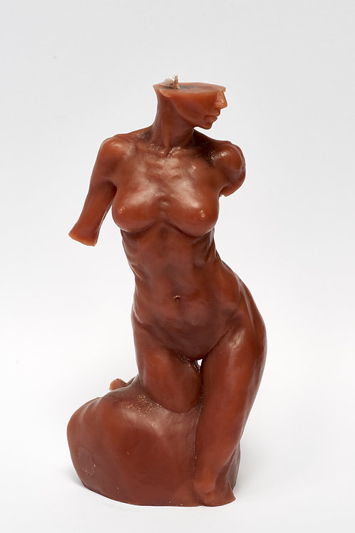 Bitten by Eve - CHOCOLAT sculpture candle