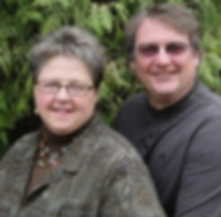 Pamela-and-Mike-in-front-of-evergreen-30