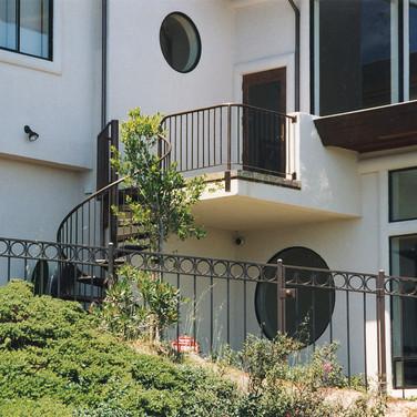 MV circular staircase