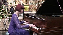 Anita D'Attellis, piano, Bournemouth, Schubert,