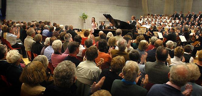 Anita D'Attellis, piano, Mozart concerto, Wincanton