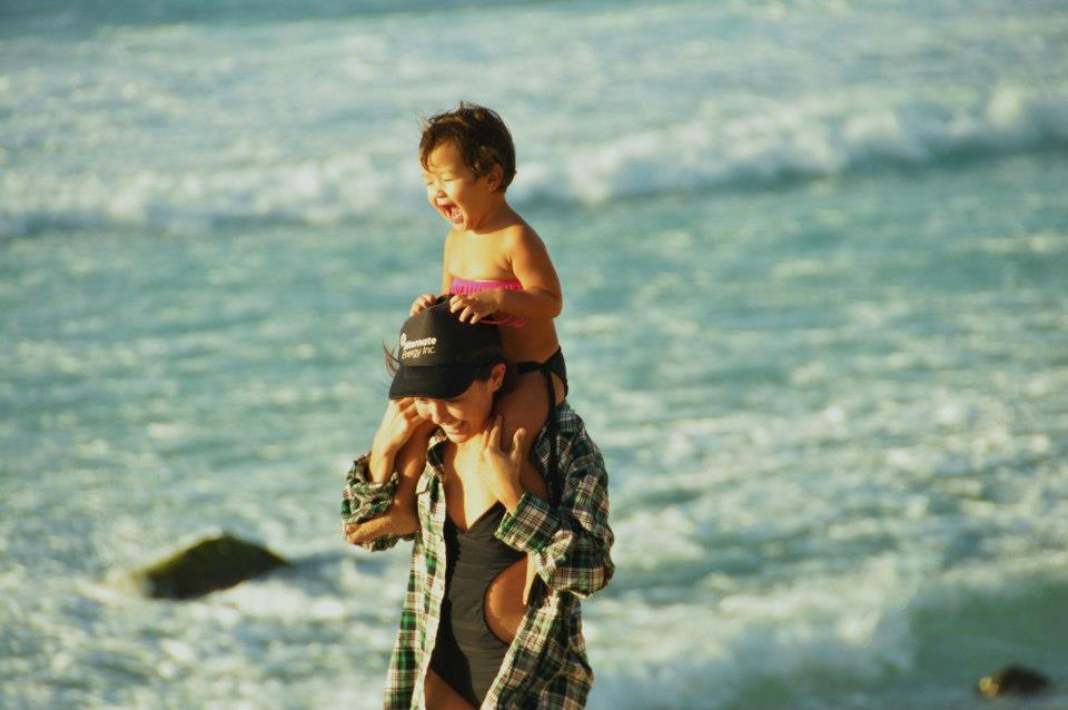 Havajská rodinka, které aloha spirit rozhodně nechybí