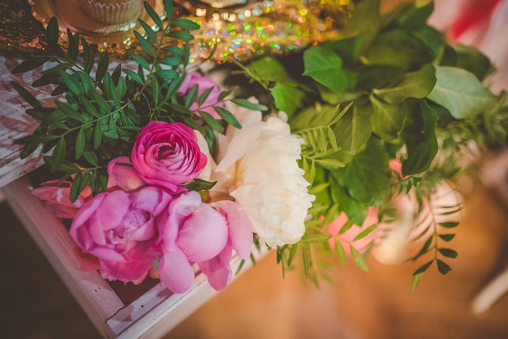 destination wedding - so many fresh beautiful flowers