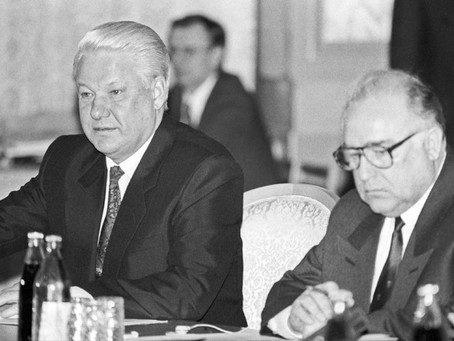 Mar 23 (Reuters) Yeltsin sacks loyal Prime Minister Viktor Chernomyrdin and the entire cabinet.