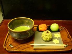 和菓子作り 町屋造りの老舗和菓子店ではんなり和菓子作り体験<嵐山>