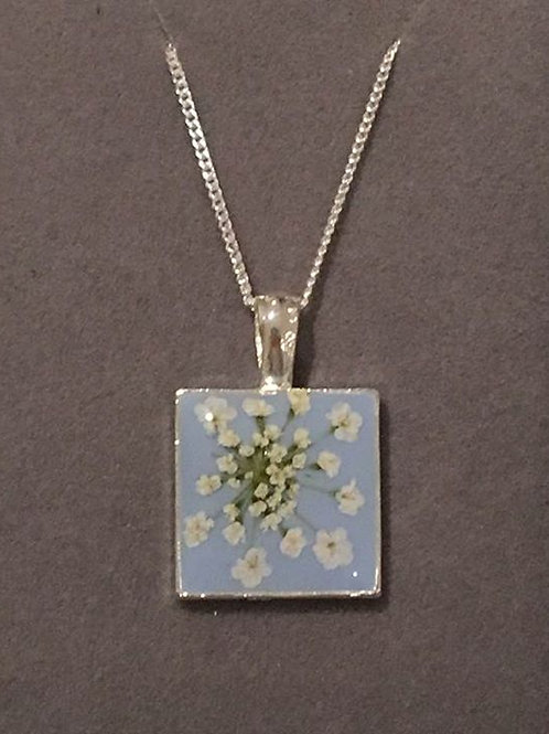 Resin Flower Pendant Necklace