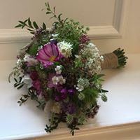 British flowers bouquet, wedding flowers, natural wedding flowers, seasonal Scottish wedding flowers, bridal bouquet