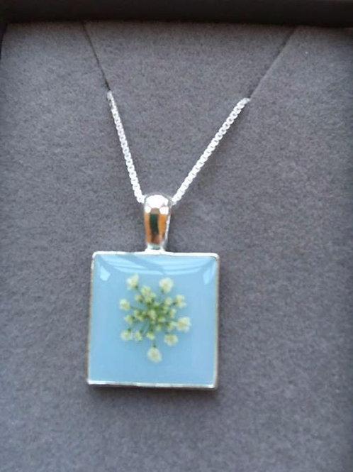 Resin Flower Pendant Necklace