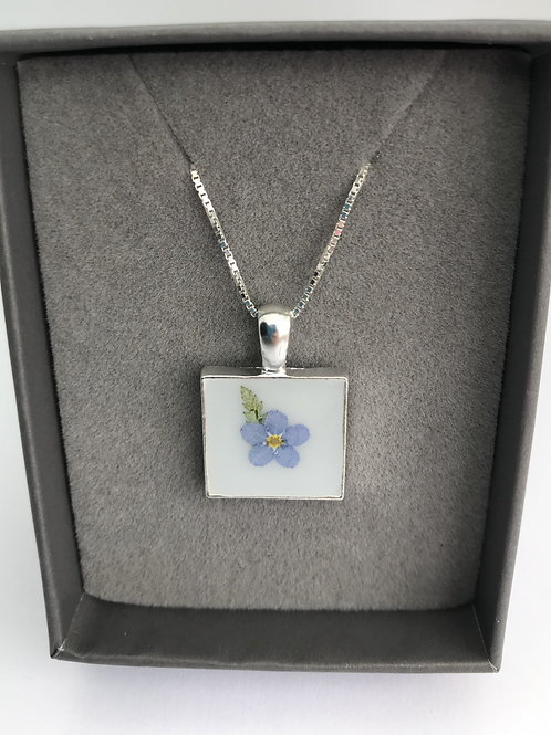 Forget Me Not Flower Resin Pendant