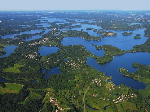 Land on 10,000 lakes