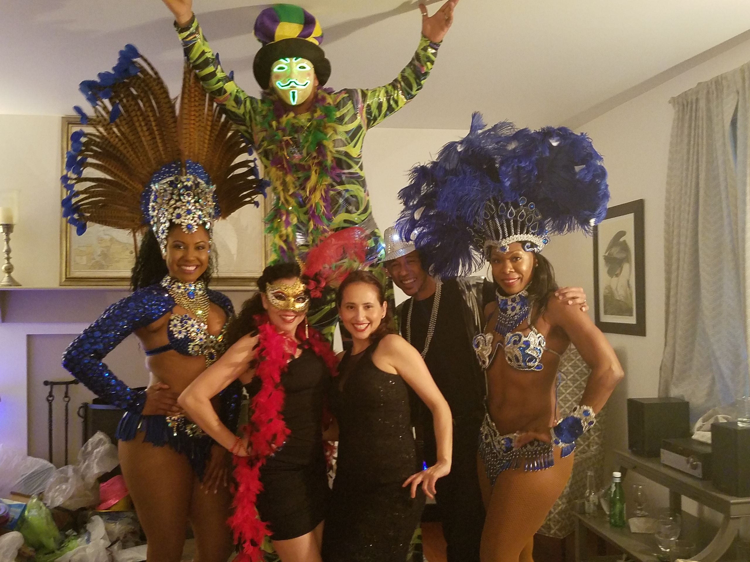Stilt Walker & Entertainers