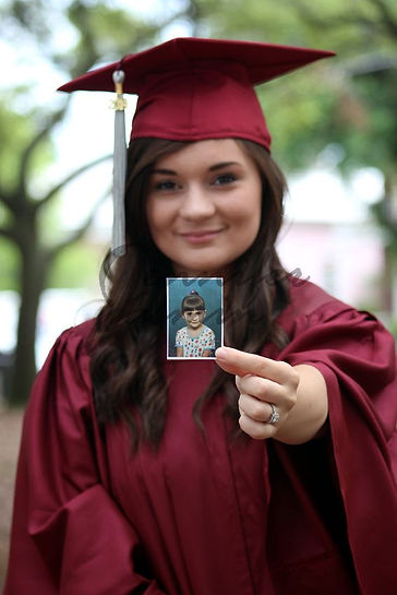 идеи для фотографии, фото на выпускной, выпускной, детские фотографии, мантия вишнёвая, мантия купить