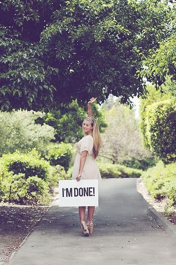 идеи для фотографии, фото на выпускной, выпускной, оригинальные места, дорога