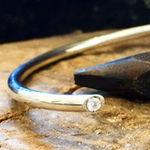 sølvarmbånd m brillant alguld, diamant armring, skjult diamant, armring sølv, håndlavet, sølvsmed aarhus