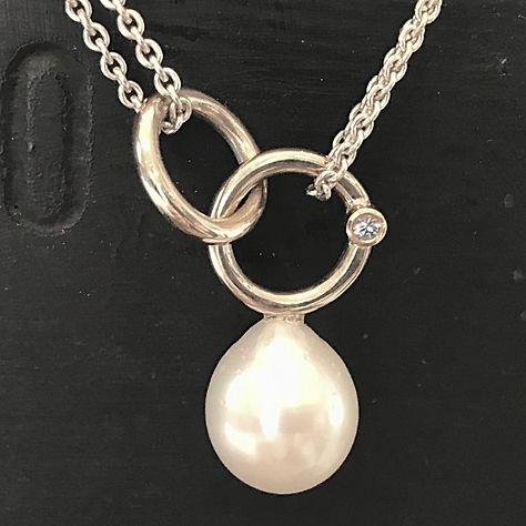 Perlevedhæng alguld