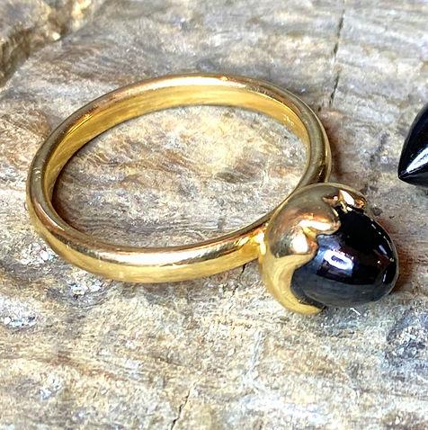 cobuchon ring onyx