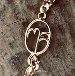 logo i guld, håndlavet armbånd guld, alguld, guldsmed aarhus, bioguld, omsmeltet guld, logo i guld,