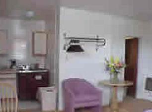 pool-room-1.png