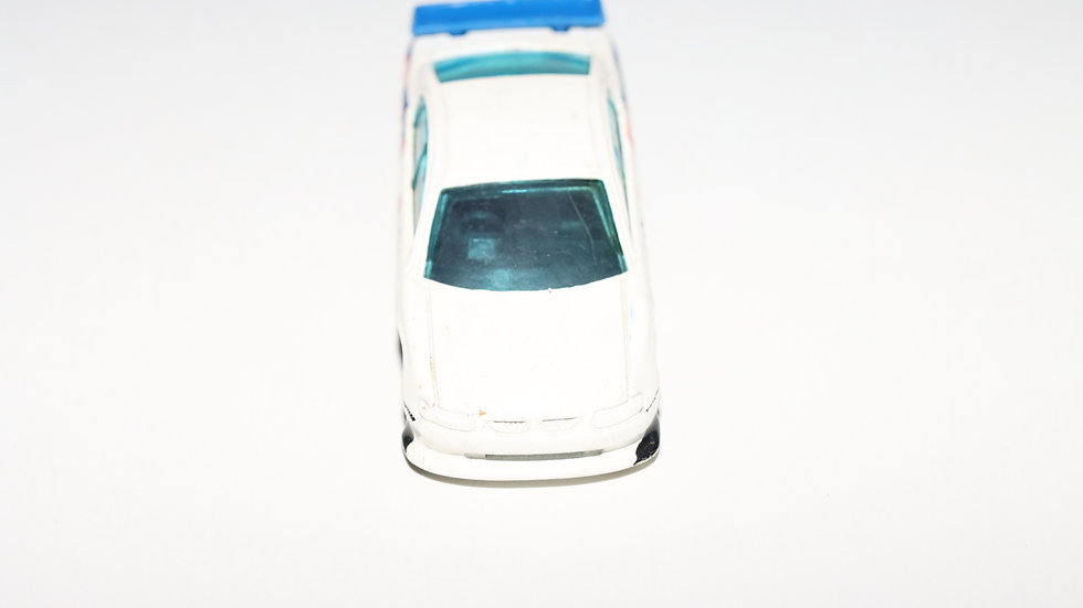 Hot Wheels 2000  SS Commodore