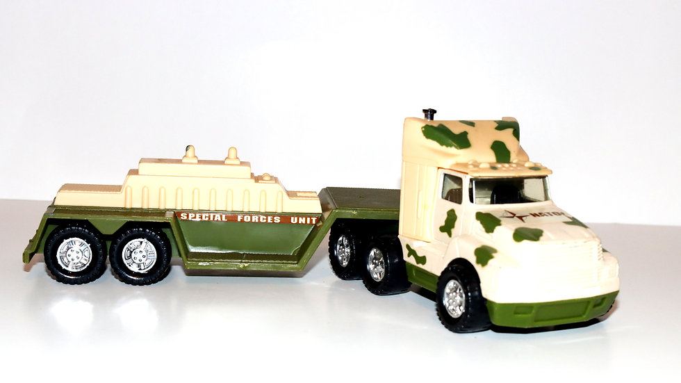 Remco 1989 Nato Special Forces Truck and Trailer;