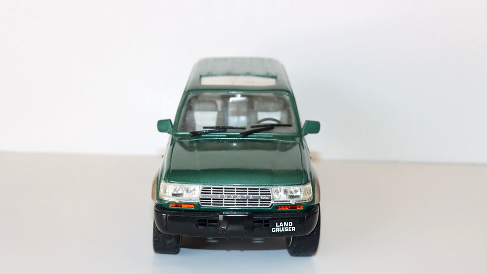 Road Signature 1992 Toytota Land Cruiser 4x4