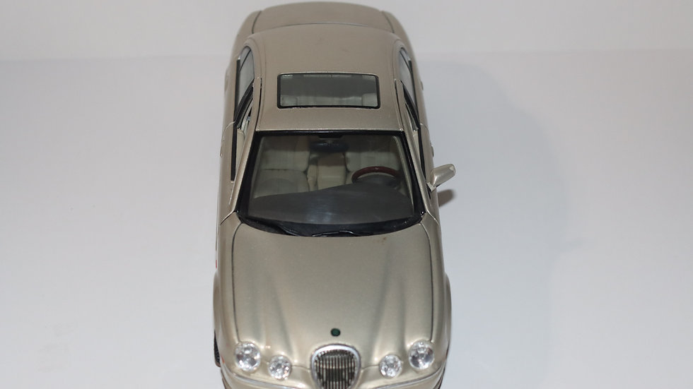 Maisto 1999  Jaguar S-Type