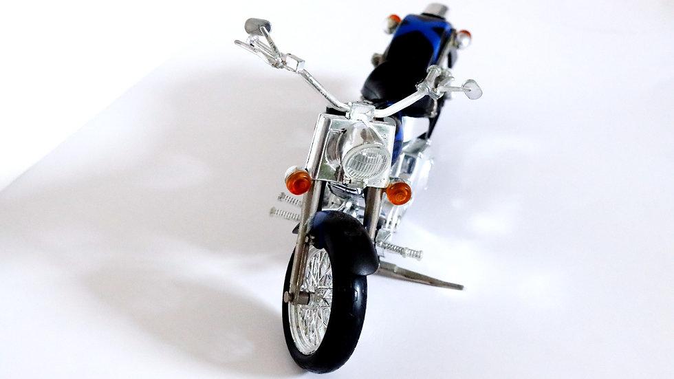 2000 X-Men Woverine Titan Motorcycle