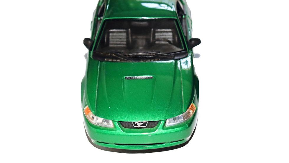 Maisto 1999 Mustang GT
