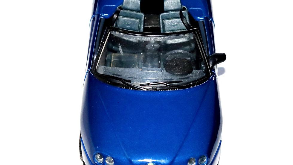 Maisto 1995 Alfa Romeo Spider