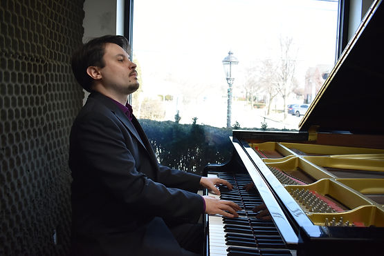 Vladimir Tiagunov practicing