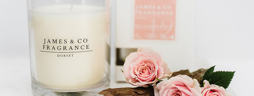 No. 12 Rose & Oud Glass Candle 35 hours burn time
